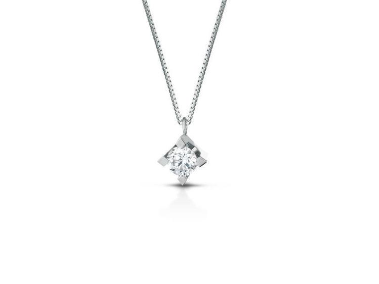 Immagine di Collana punto luce in oro bianco e diamante cod.PL002 da Ct.0,02 a 0,51